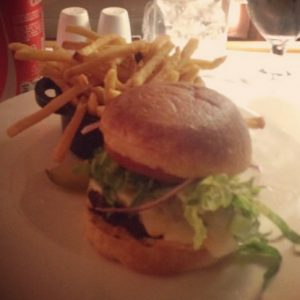 Waldorf Astoria Panama Hotel - Hilton Burger