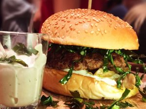 J&C Shimeji Burger - 3º lugar no Concurso Heinz Burger